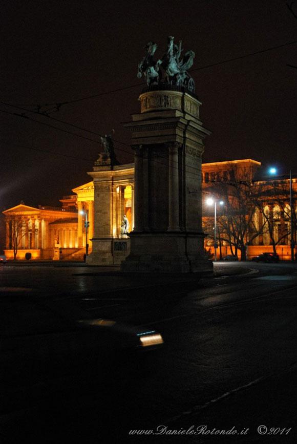 piazza-degli-Eroi-budapest
