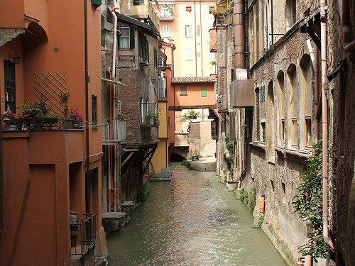 Bologna la rossa la dotta la grassa - Bologna finestra sul canale ...