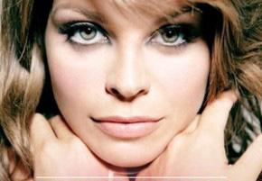 Alessandra-Amoroso-oggi-il-singolo-e-vero-che-vuoi-restare