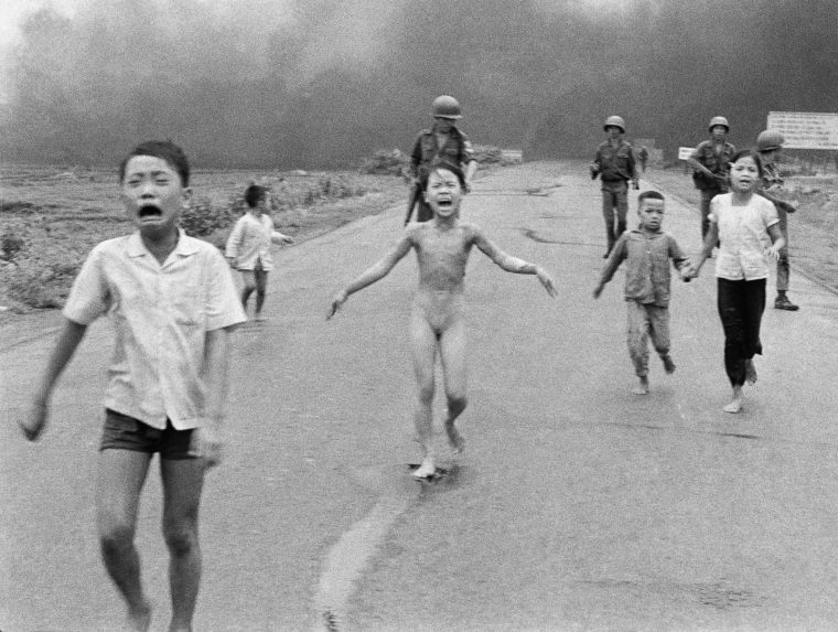Nick Ut Napalm In Vietnam