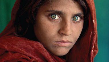 foto famose Steve McCurry Ragazza Afgana